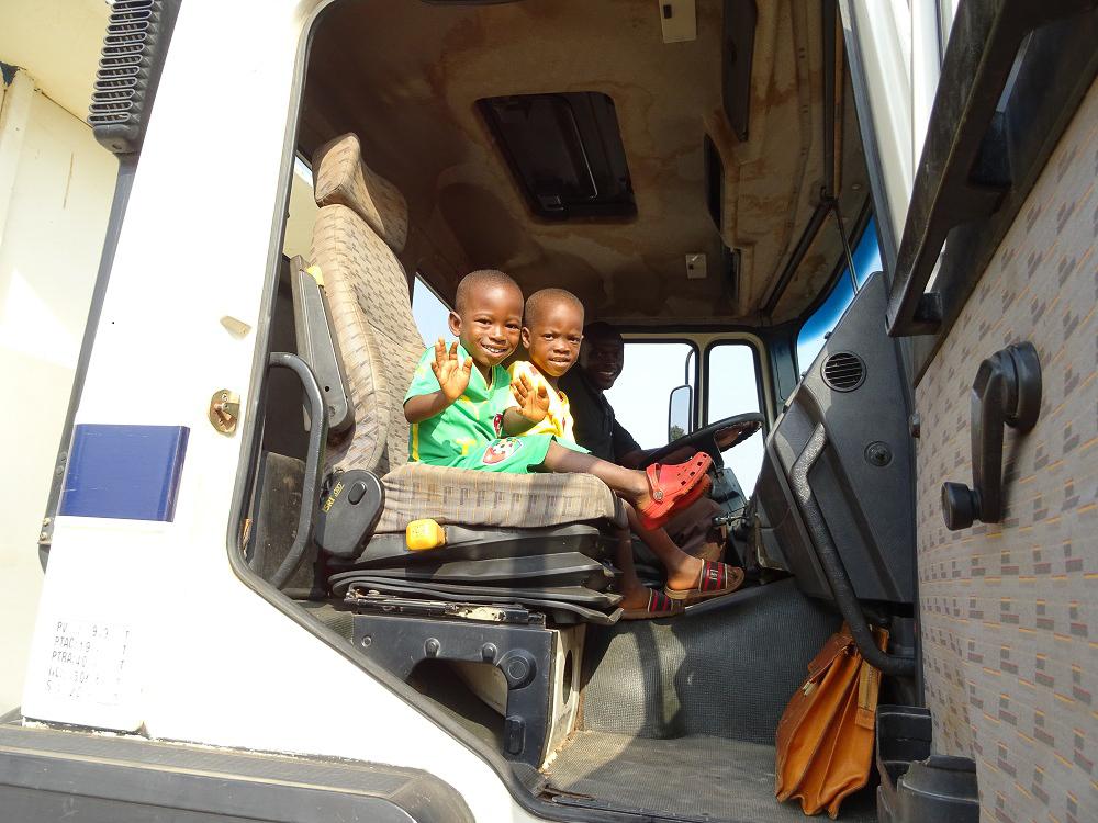 De kleinsten in de camion.